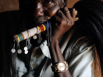 坦桑尼亚的传统医生06