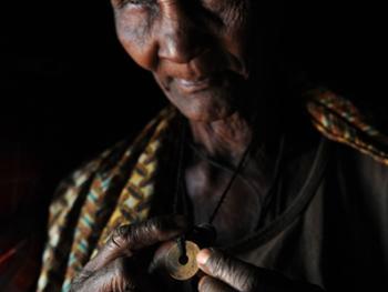 坦桑尼亚的传统医生08