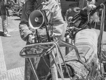 康区的藏族人13