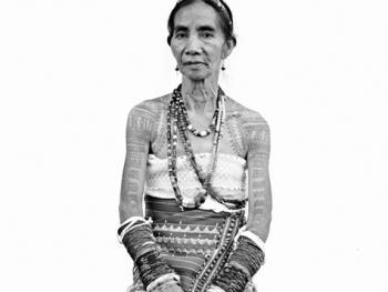 菲律宾卡林阿的纹身妇女09