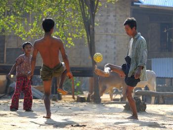 缅甸人最喜爱的运动06