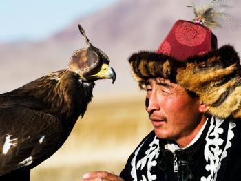 蒙古哈萨克人猎鹰者10