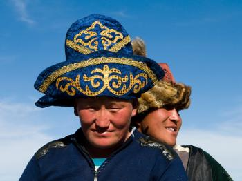 蒙古哈萨克人猎鹰者04