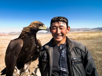 蒙古哈萨克人猎鹰者09