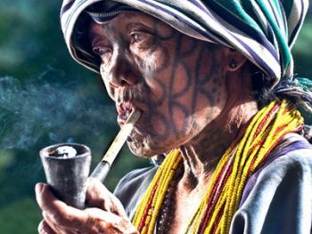 抽烟管儿的人06