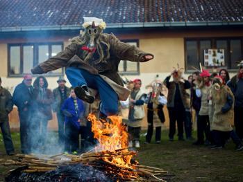 塞尔维亚白色狂欢节12