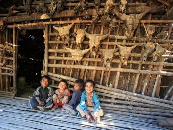 缅甸钦邦的部落居民1