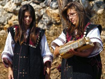 波斯尼亚姑娘11