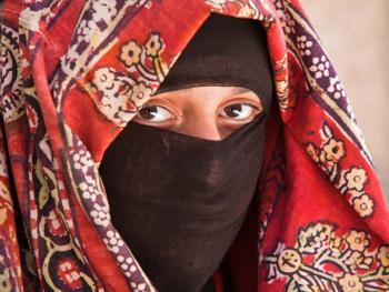 也门妇女的传统披盖05