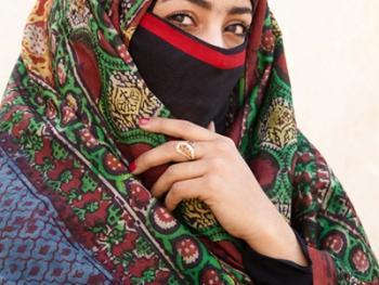 也门妇女的传统披盖06