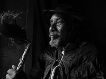 坦桑尼亚巫医班尼托02