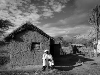 坦桑尼亚巫医班尼托03