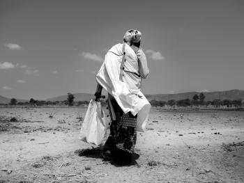 坦桑尼亚巫医班尼托06