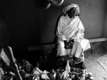 坦桑尼亚巫医班尼托09