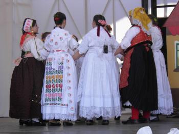 克罗地亚的传统服饰1