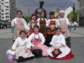 克罗地亚的传统服饰8