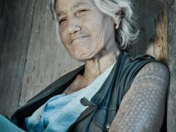 卡林阿族老妇人和她们的纹身2
