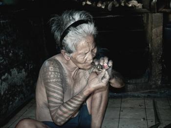 卡林阿族老妇人和她们的纹身5