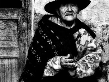 秘鲁高山上与世隔绝的人们13