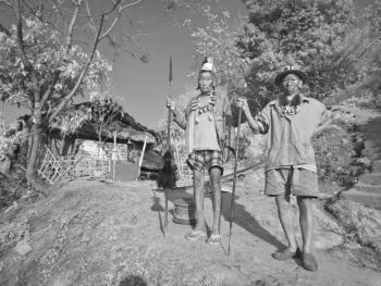 印度的那加部落和尼什部落