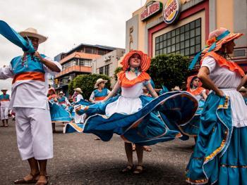 哥斯达黎加牛车游行10