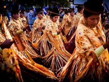 圣保罗市玻利维亚人的狂欢节12