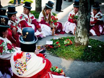 圣保罗市玻利维亚人的狂欢节01