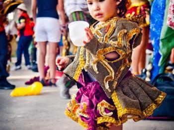 圣保罗市玻利维亚人的狂欢节06