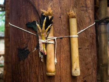 松巴岛传统房屋的建造04