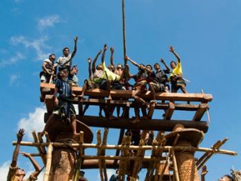 松巴岛传统房屋的建造06