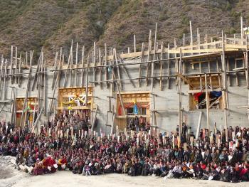 建筑藏式寺院的墙13