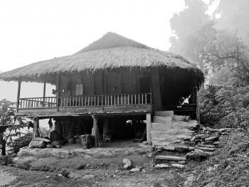 雷布查人的传统房屋