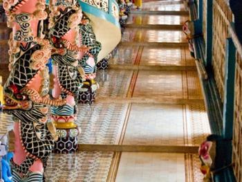 越南高台教建筑09