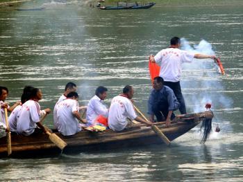 汉江龙船会11