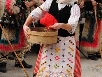 保加利亚的面具游行11