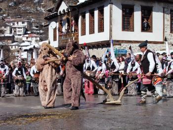 保加利亚的面具游行12