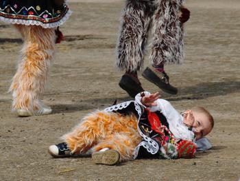 保加利亚的面具游行14
