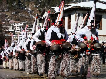 保加利亚的面具游行
