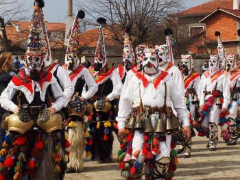 保加利亚的面具游行04