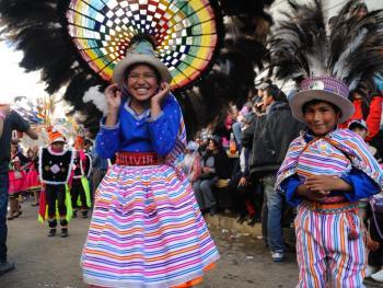 玻利维亚奥鲁罗的狂欢节10