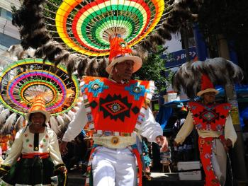 玻利维亚奥鲁罗的狂欢节13