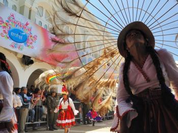 玻利维亚奥鲁罗的狂欢节14