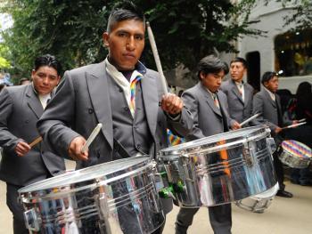 玻利维亚奥鲁罗的狂欢节03