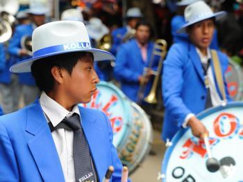 玻利维亚奥鲁罗的狂欢节04