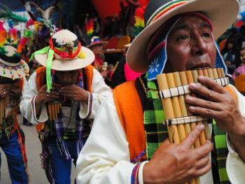 玻利维亚奥鲁罗的狂欢节06