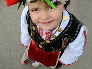 保加利亚国际面具节06