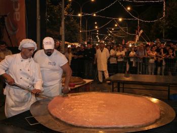 塞尔维亚的烤肉节