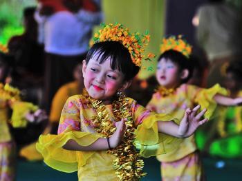 缅甸泼水节04