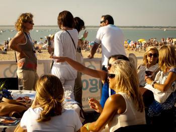 沙滩赛马09