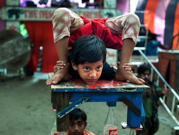 孟加拉国的传统马戏05